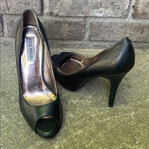 Steve Madden Heels Black Leather Size 9M